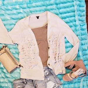 Cardigan with ruffles